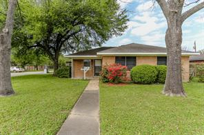 2501 estate drive, deer park, TX 77536