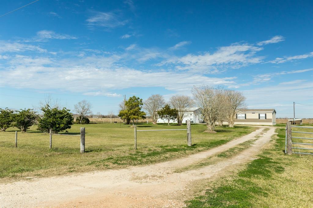 1410 COUNTY ROAD 237, Bay City, TX 77483