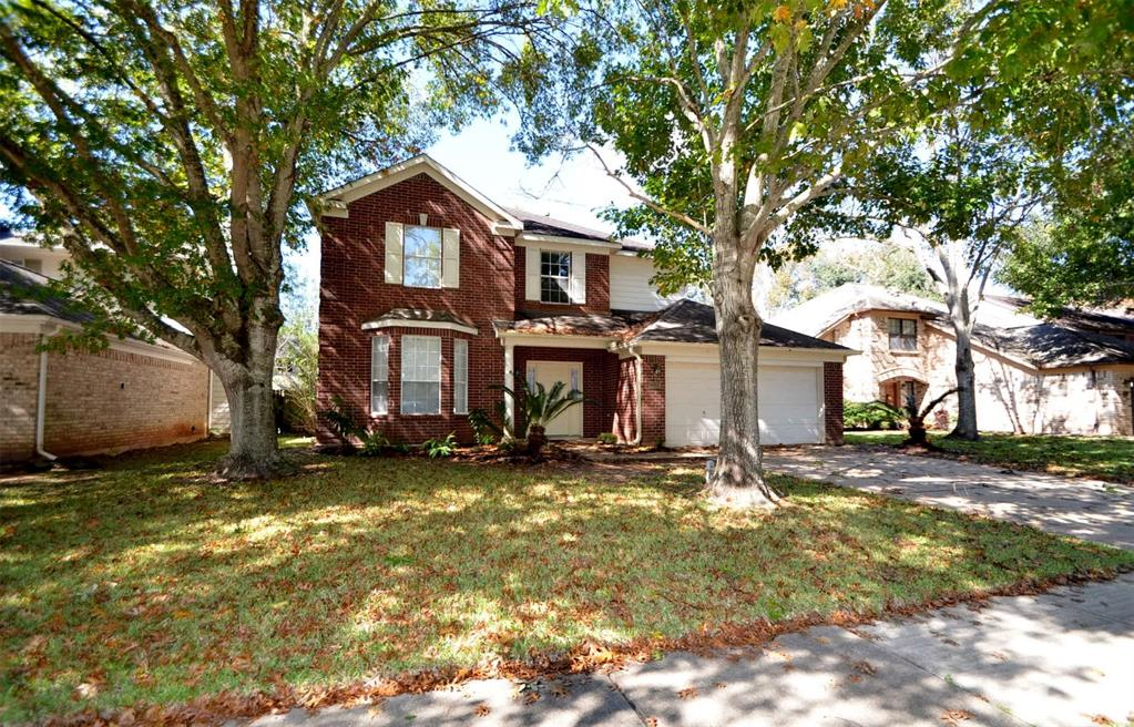 INVESTORS ONLY!!  PLEASE DO NOT DISTURB TENANTS!! NO SHOWINGS UNTIL AN ACCEPTABLE WRITTEN OFFER IS ACCEPTED BY SELLERS SUBJECT TO BUYER'S WALK THROUGH AND ACCEPTANCE OF PROPERTY WITHIN 10 DAYS.  CURRENT TENANT'S LEASE EXPIRES January 31st, 2020 at $1600/month.  Nice home in The Grove!! NEVER FLOODED!! Renovations completed.  Features Include: BOTH Formals, Open Kitchen with island and built in desk, big Den with gas log fireplace! Secondary Bedrooms are good size Bedrooms- Large Master, master bath has separate shower and tub- Nice closet space- Fenced backyard- Ceramic tile entry, den and kitchen- Associate club membership available. Photos reflect home when vacant.