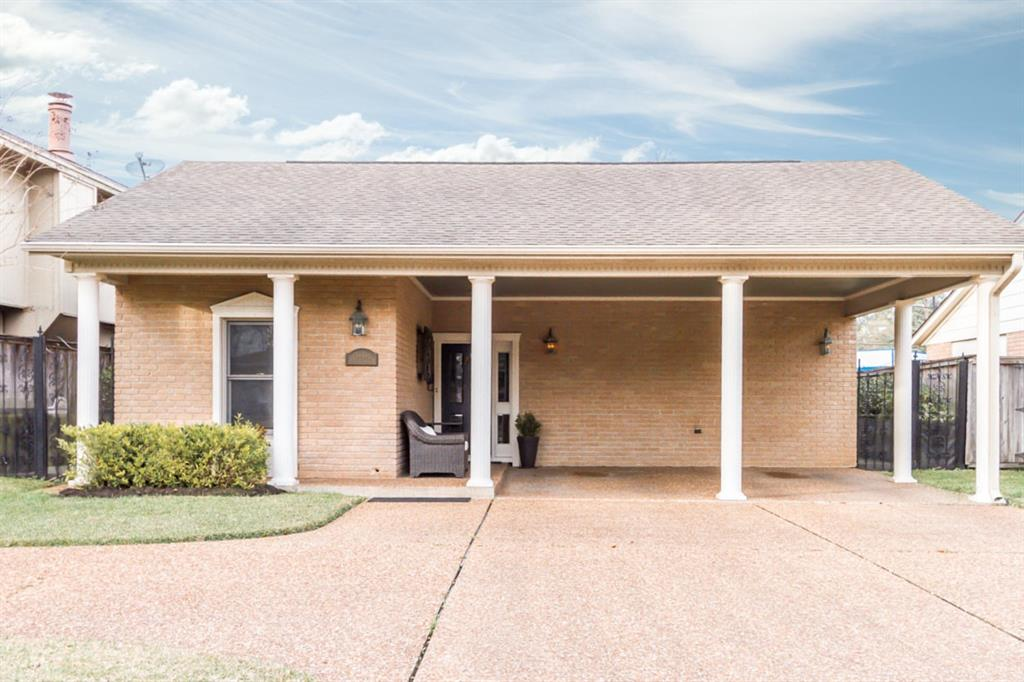 5646 Mistletoe Drive, Beaumont, TX 77707