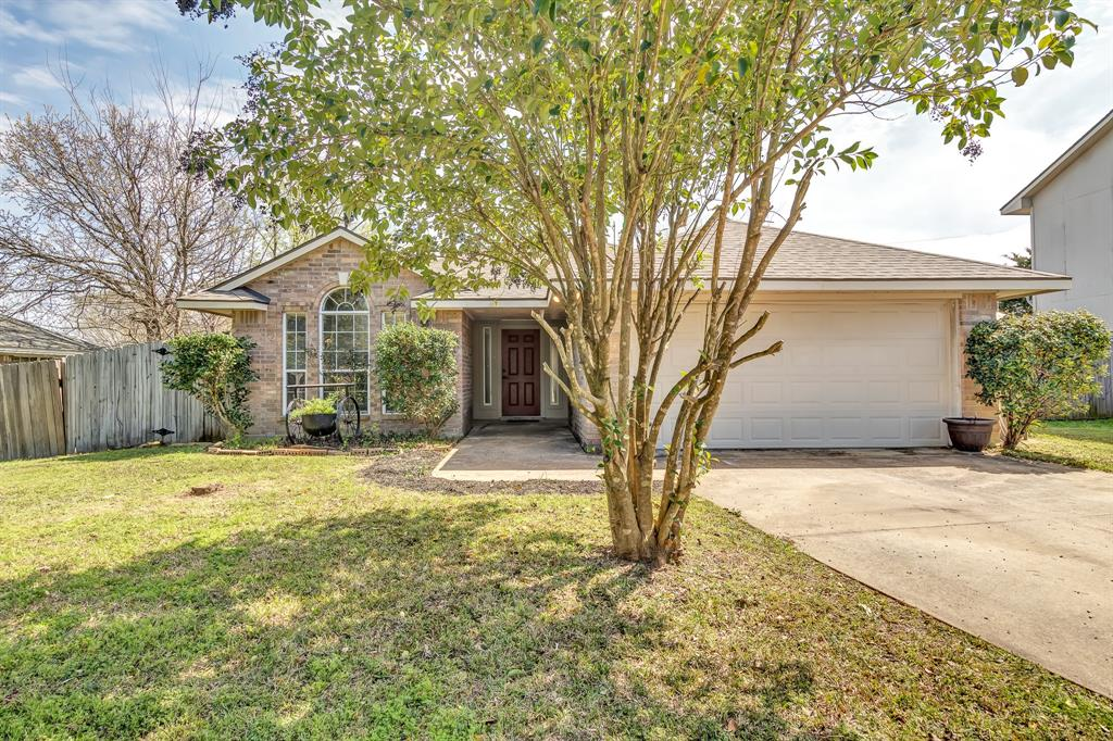 2230 Howell Avenue, Bryan, TX 77803
