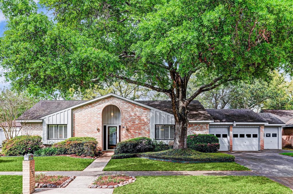 7523 Brush Wood Drive, Houston, TX 77088