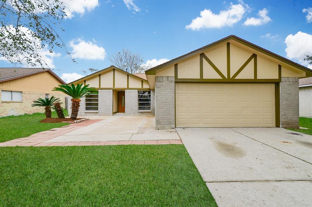 2610 W Greens Road, Houston, TX 77067