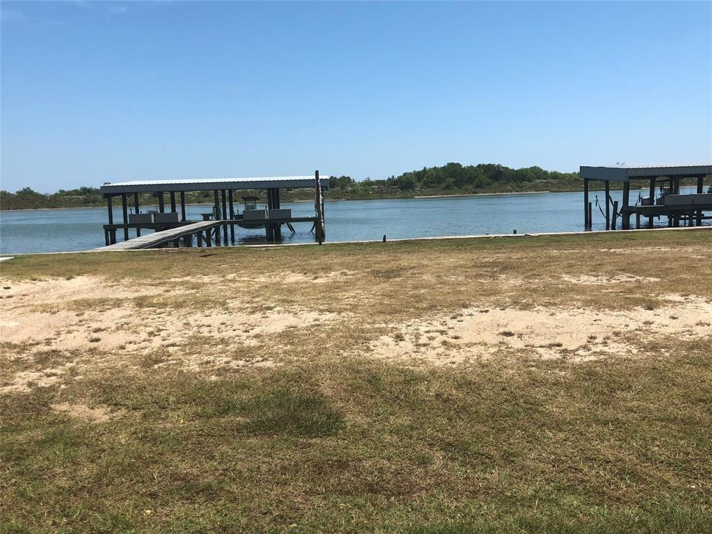 1107 W Water Street, Port O Connor, TX 77982