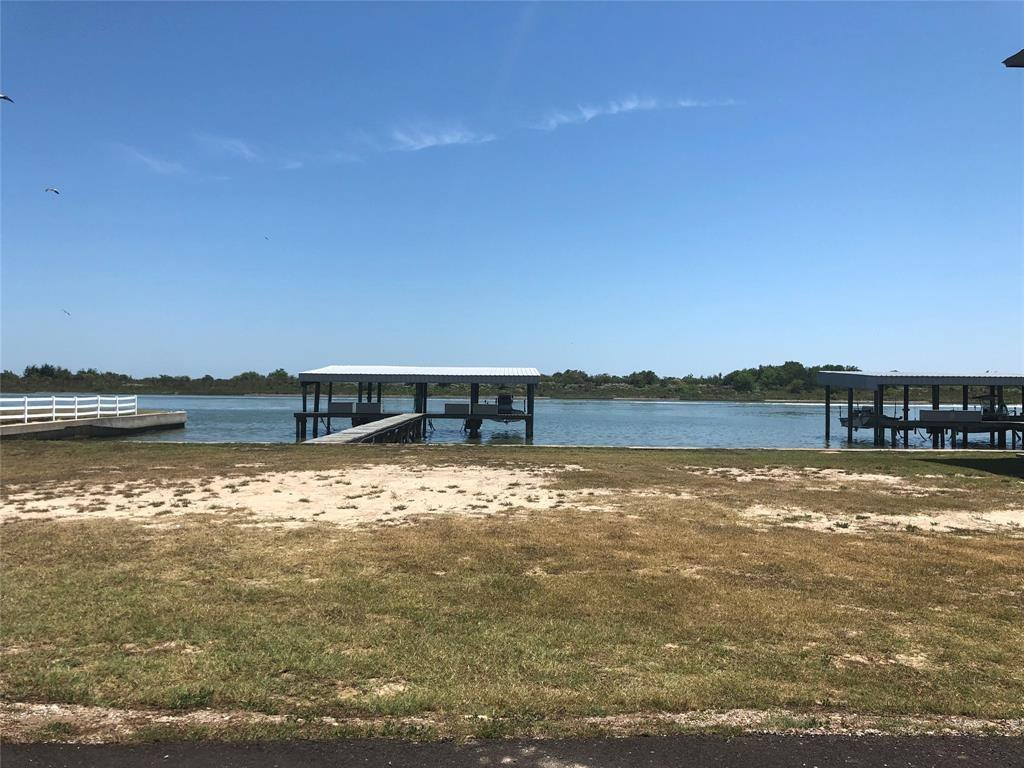 1103 W Water Street, Port O Connor, TX 77982