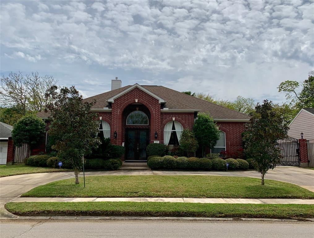 4317 Willowbend Boulevard, Houston, TX 77035