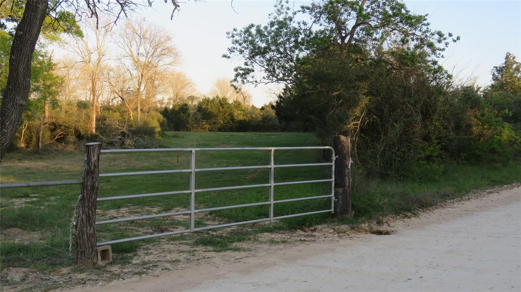 15324 Sycamore Road, Bellville, TX 77418