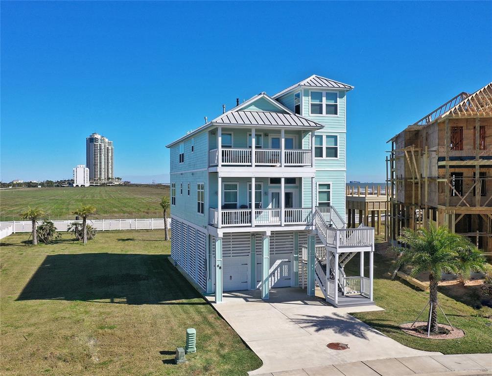 68 Grand Beach Boulevard, Galveston, TX 77550