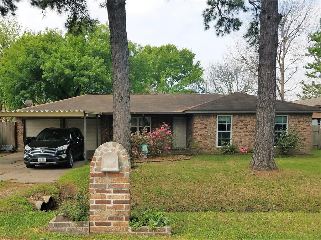 410 Mary Lane, Highlands, TX 77562