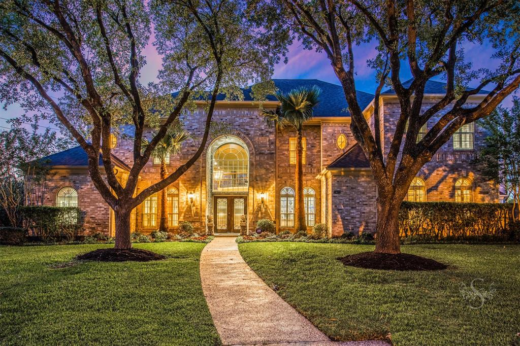 2402 Hidden Shore Drive, Katy, TX 77450