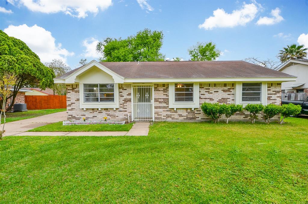 263 Whitehall Drive, Houston, TX 77060