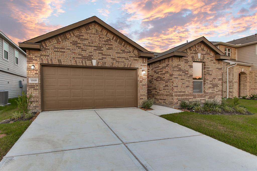 11610 Gray Alder Drive, Houston, TX 77038