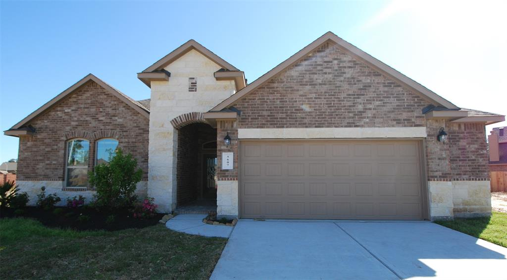 House is occupied now. Welcome to this cozy four bedrooms home! No NEighbor behind.The kitchen is equipped w/ built-in stainless steel appliances (Double Ovens, Microwave, Cook Top & Dishwasher). Full sprinkler system. Extra 2.5 garage space. BBQ hose ready in patio. High ranked KleinISD. New French Elementary School (within walking distance) opened in 2015. Recreation center w/pool. Close to The Woodlands and Grand Parkway!