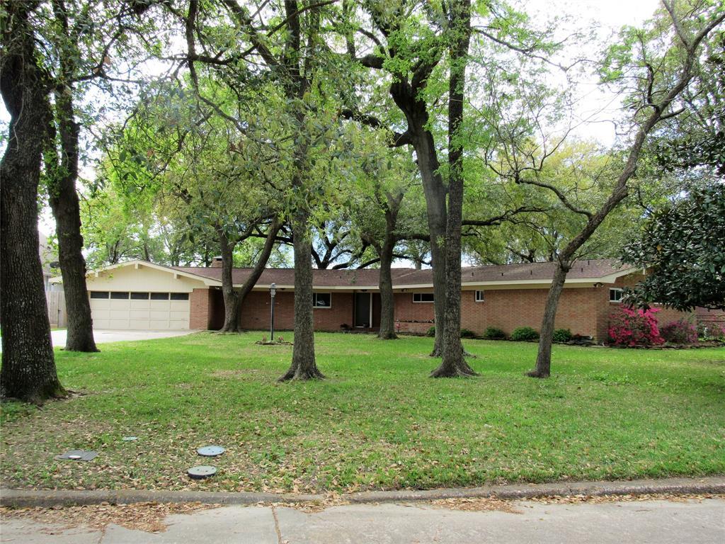 408 S Burnett Drive, Baytown, TX 77520