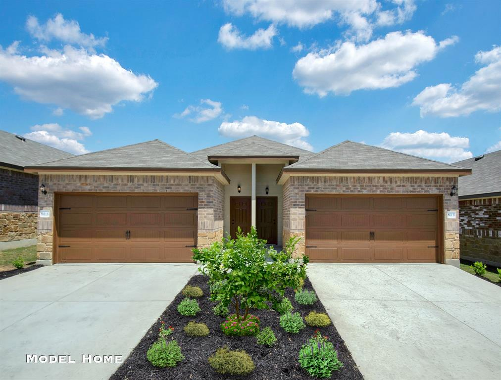 319/321 Emma Drive A-B, New Braunfels, TX 78130