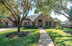 12610 Wildwood Bend Lane, Cypress, TX 77433