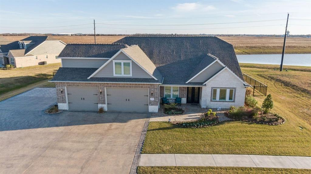 14214 Meadowlands Drive, Mont Belvieu, TX 77523