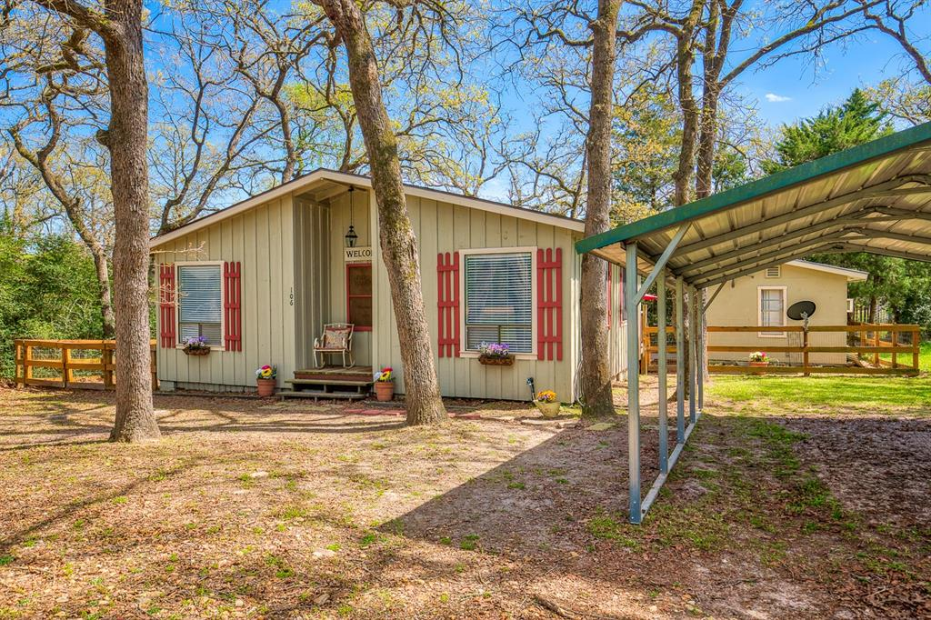 106 Bramble Wood Circle, Somerville, TX 77879