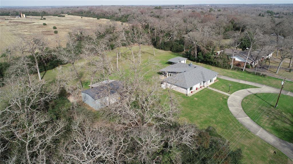 141 Golfview, Hilltop Lakes, TX 77871