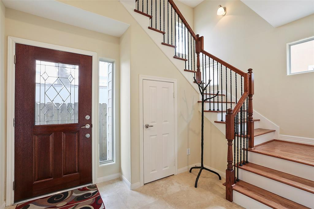This large foyer offers a wonderful space to receive your guests.  It also offers a great (bigger than a coat closet) closet.
