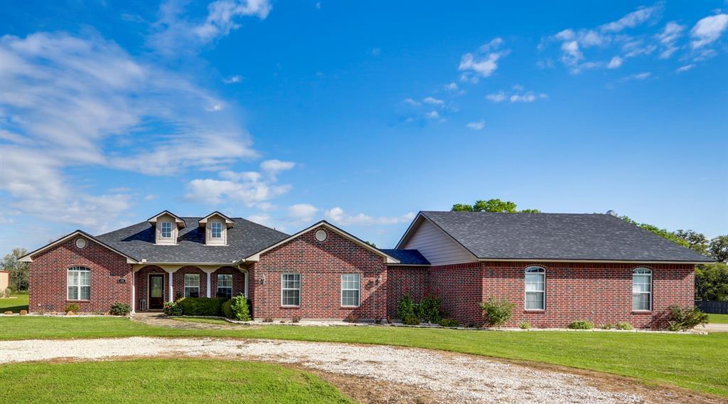 270 County Road 132B, Hallettsville, TX 77964