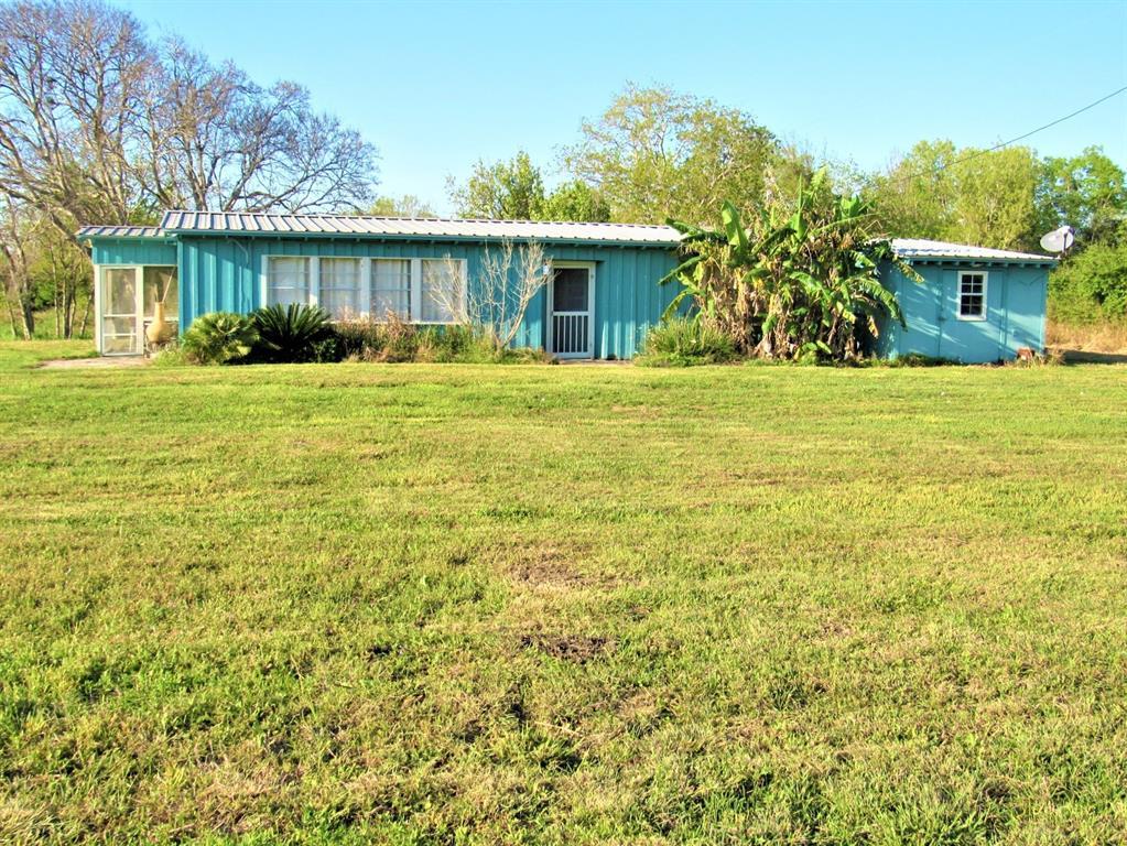 71 Collegeport Loop, Collegeport, TX 77428