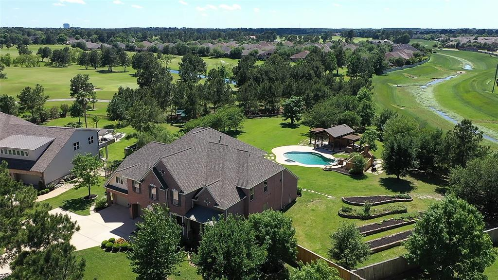 14 Compton Manor Drive, Spring, TX 77379