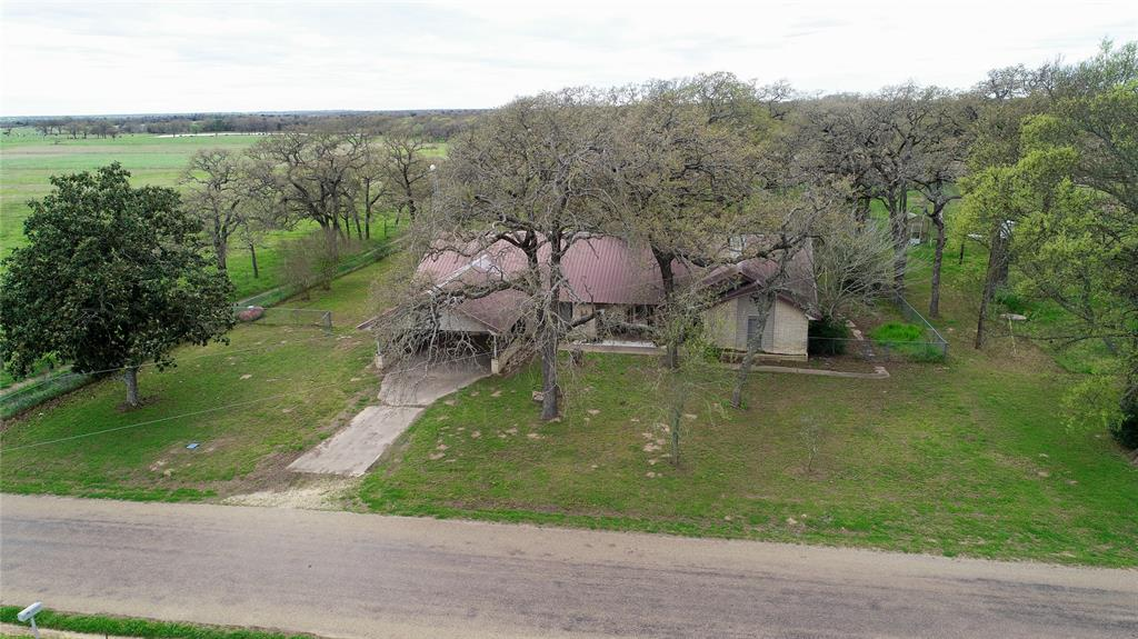 1759 County Road 402, Dime Box, TX 77853