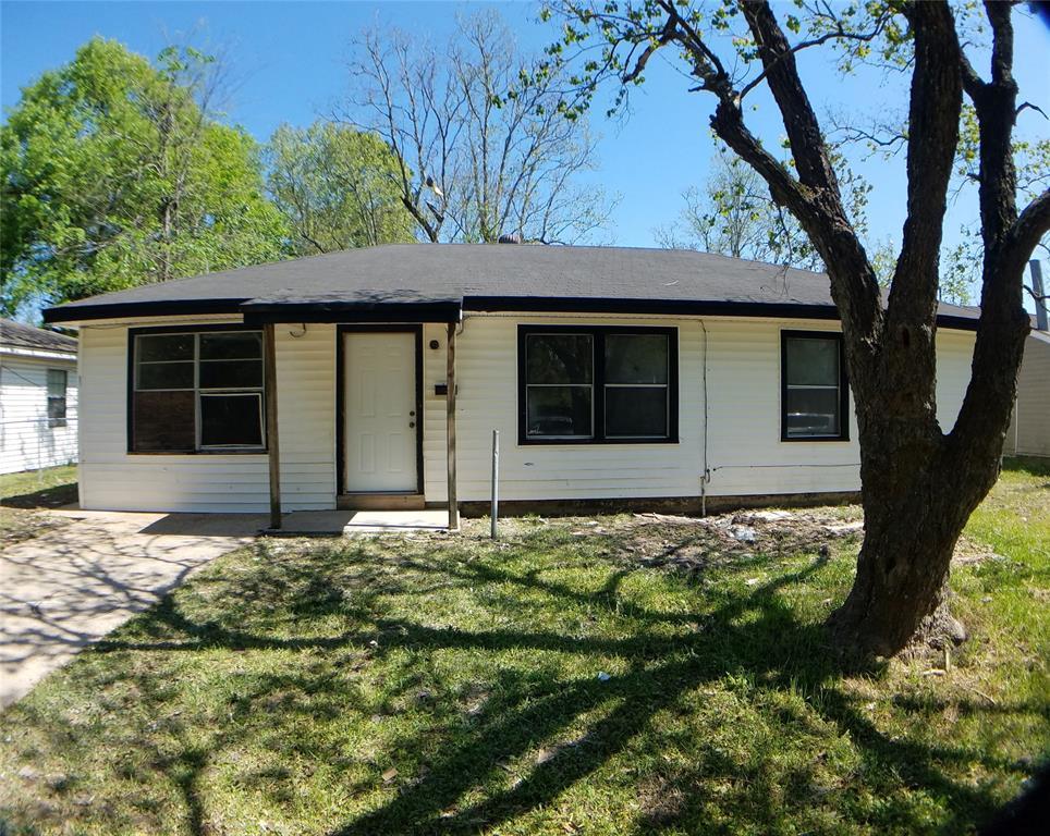 116 Dainwood Street, Silsbee, TX 77656