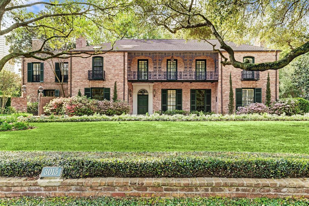 This classic luxury estate is the epitome of sophistication. It was designed by John Staub, a distinguished residential architect. This property is situated on over an acre of organic, well-manicured gardens in Houston's most desirable neighborhood, River Oaks. This residence exemplifies the simple elegance that is reflective of the collaboration with Ima Hogg inspired by Bayou Bend. As you enter the New Orleans style home you are met with original black and white marble flooring, ironwork, millwork and high ceilings. The home showcases four marbled fireplaces, Jacobean walnut paneled library, octagonal dining room with iconic arched doorways that access the breakfast room and butler's pantry. The Master Bedroom features a Correa marble fireplace, closet with a dressing room and an elevator. The exterior features a large swimming pool with a stunning pool house, sauna and surrounding lush gardens. Full garage quarters with hardwoods are located over the garage and porte-cochere.