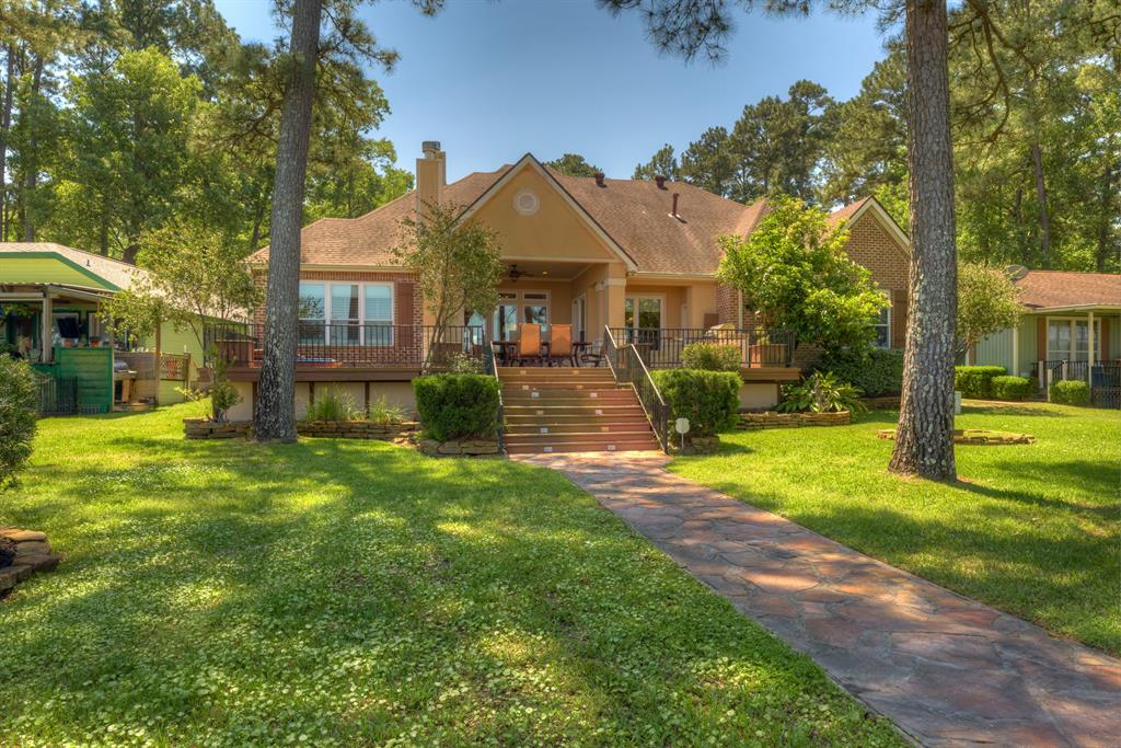 261 N Fairway Loop, Coldspring, TX 77331