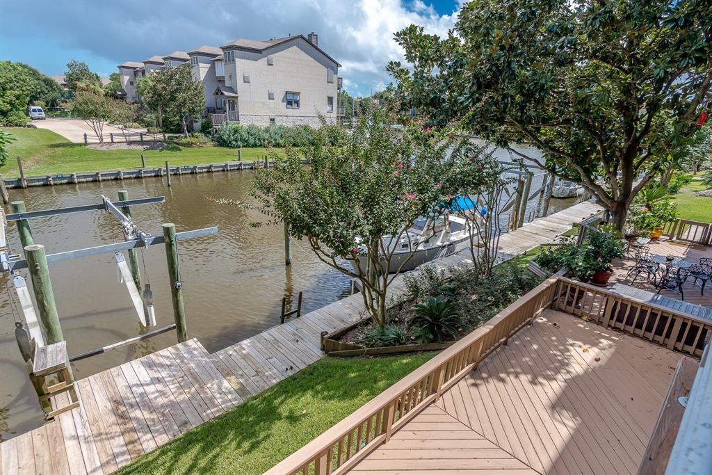 18313 Sandy Cove, Houston, TX 77058