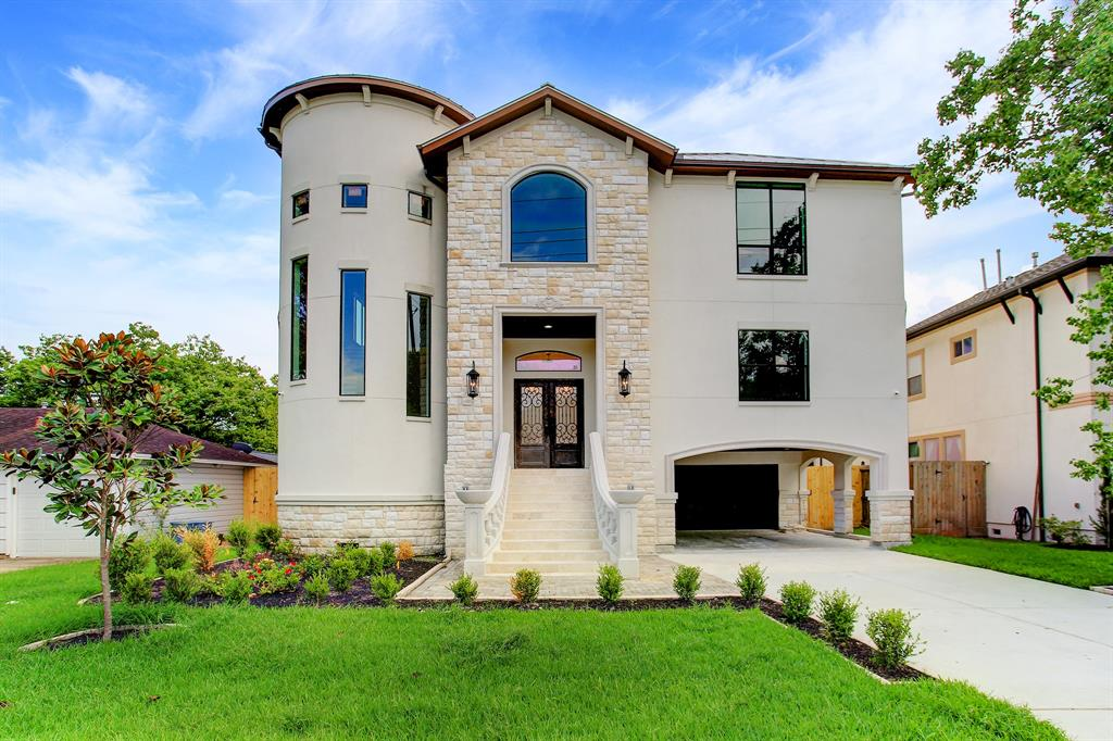 4615 Pine Street, Bellaire, TX 77401