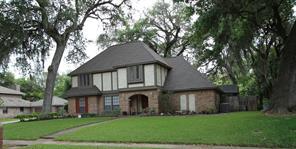 301 huckleberry drive, lake jackson, TX 77566