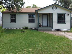 117 19th Avenue N, Texas City, TX 77590