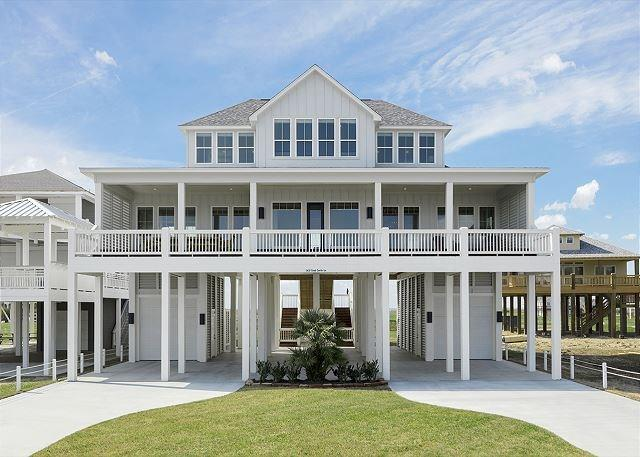 3437 Sand Castle Lane, Crystal Beach, TX 77650