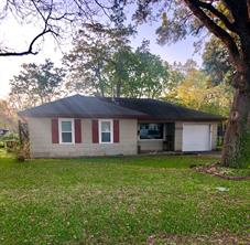 1005 Alice, Sweeny, TX, 77480