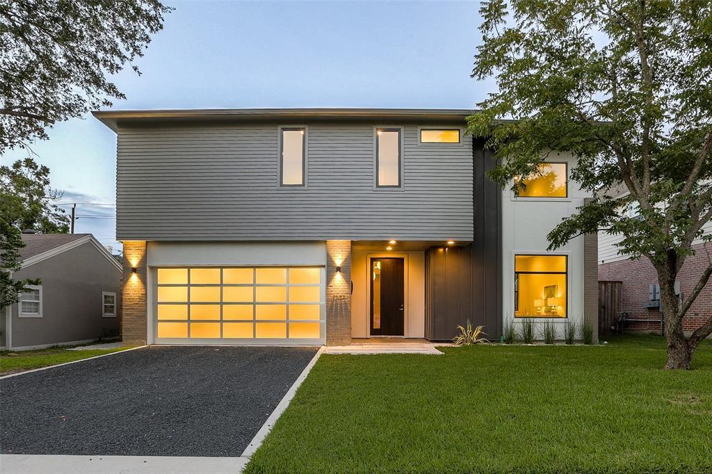 4532 Sunburst Street, Bellaire, TX 77401