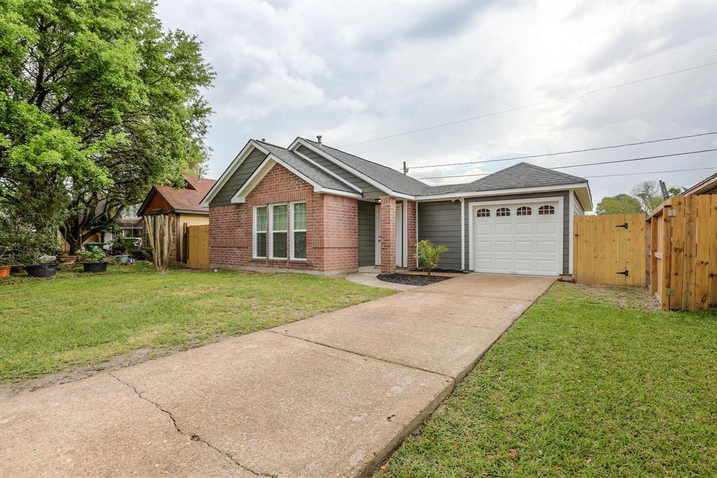 10826 Clark Road, Houston, TX 77076