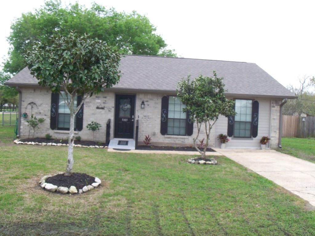 5103 4th Street Street, Danbury, TX 77534