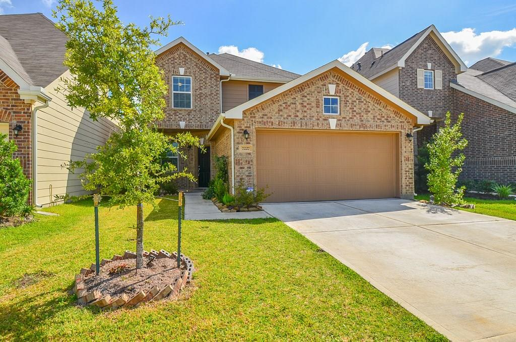 7227 Ironwood Forest Dr, Houston, TX 77083