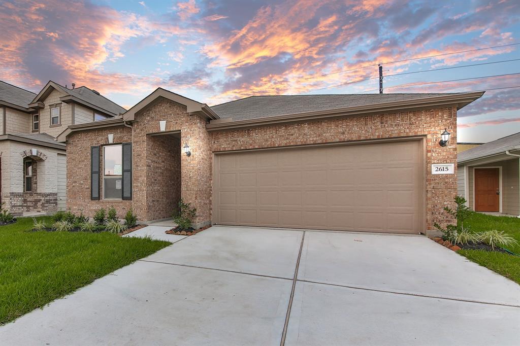 2615 White Bluff Lane, Houston, TX 77038
