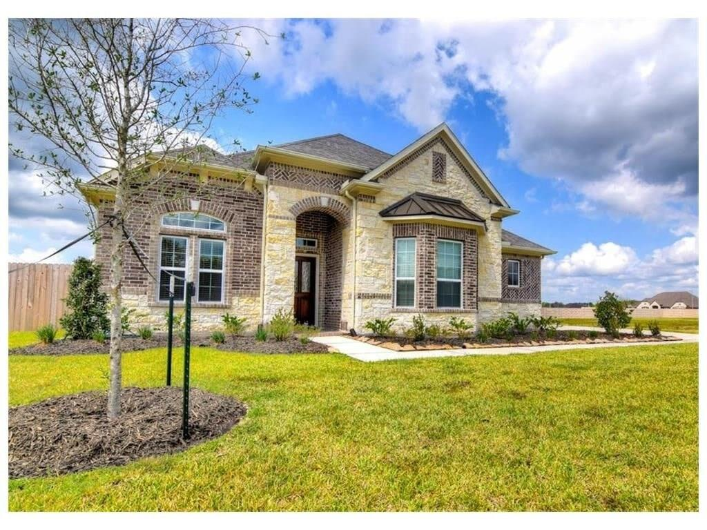 14911 Icet Creek Avenue, Mont Belvieu, TX 77523