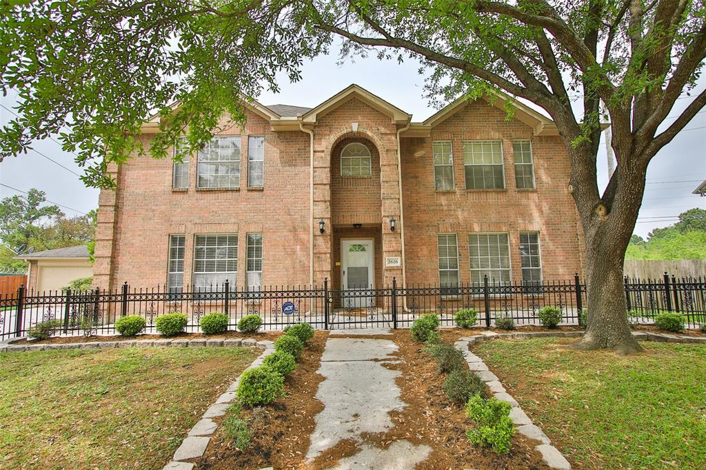 2626 Chestnut Mills Road, Houston, TX 77067