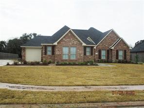883 Spreading Oaks, Angleton, TX, 77515