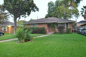 2405 Dorrington, Houston, TX 77030