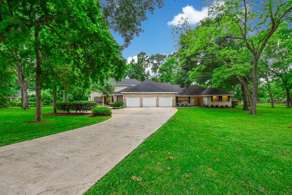 3819 Glenwood Drive, Richmond, TX 77406
