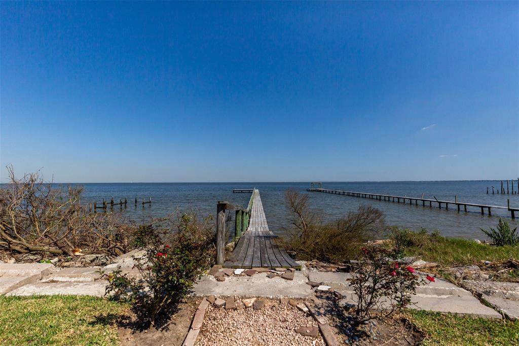 2002 Todville Road, Seabrook, TX 77586