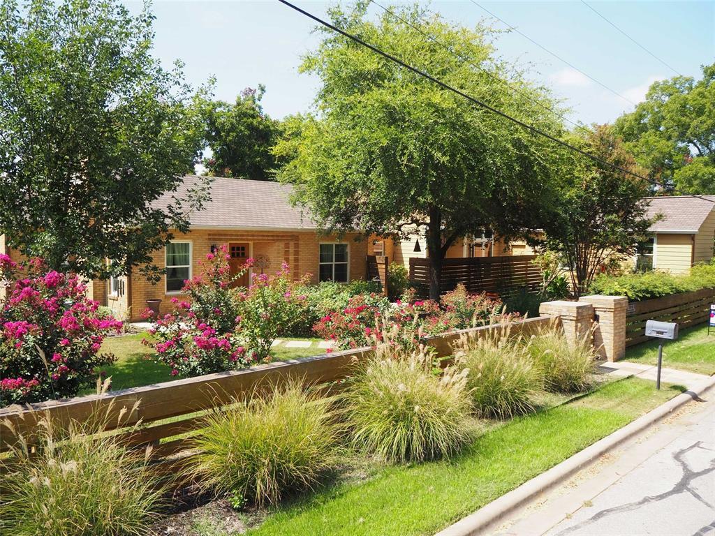 709 Buttonwood Street, Bastrop, TX 78602