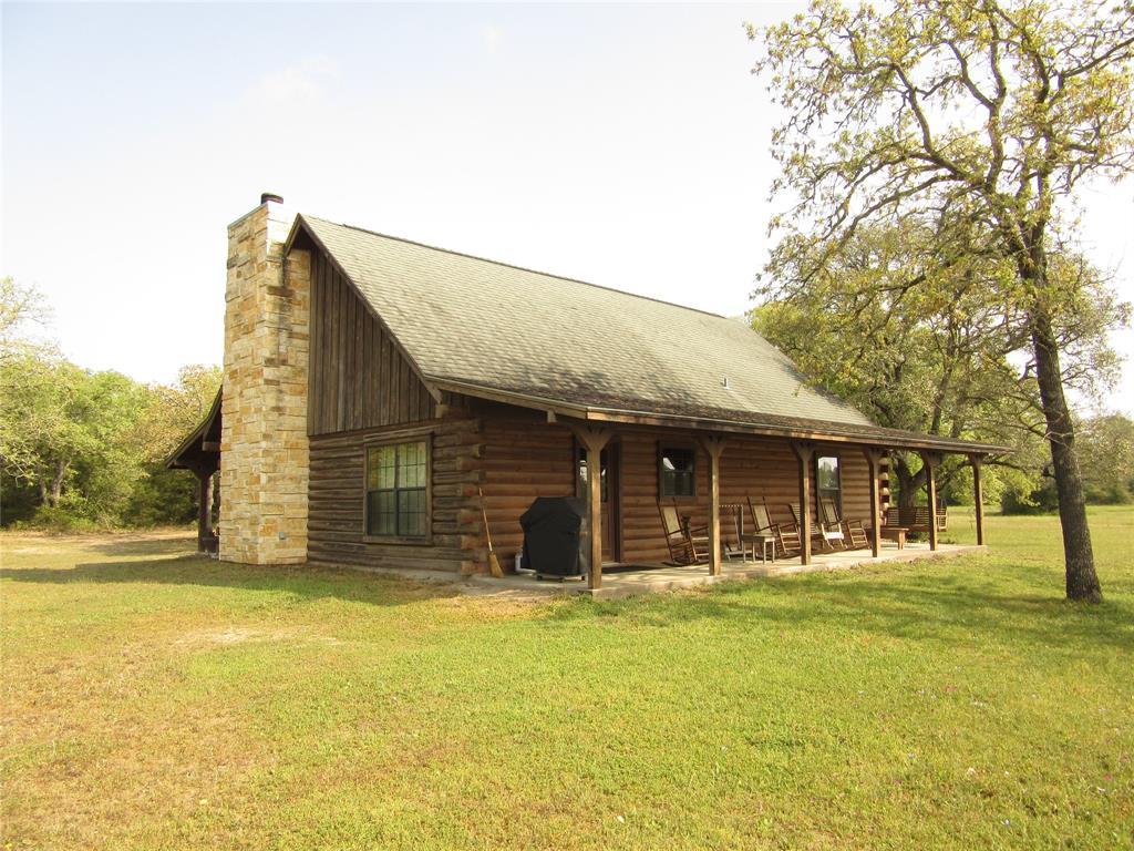 3539 Burke Road, Flatonia, TX 78941